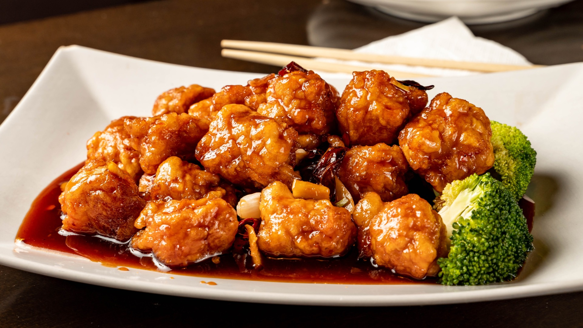 Plate of sesame chicken | Asian cuisine in Baltimore